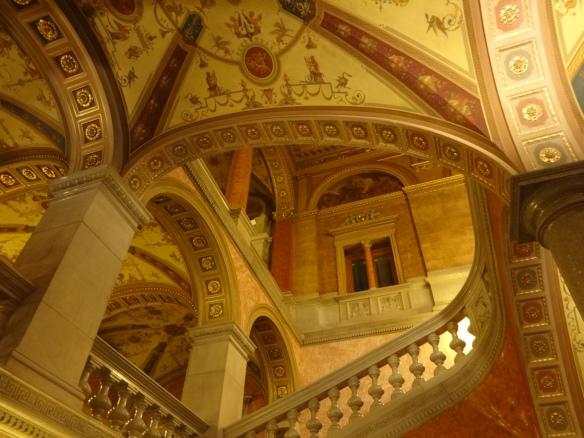 opera 4 stairs